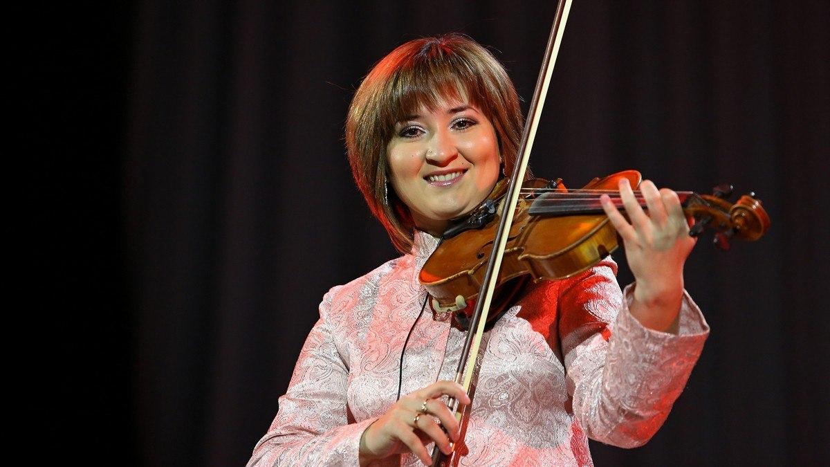 Динә Закирова