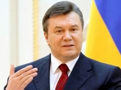 Януковичу больно за то, что творится на Украине