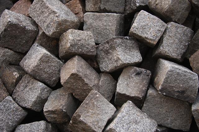 stones-450329_640