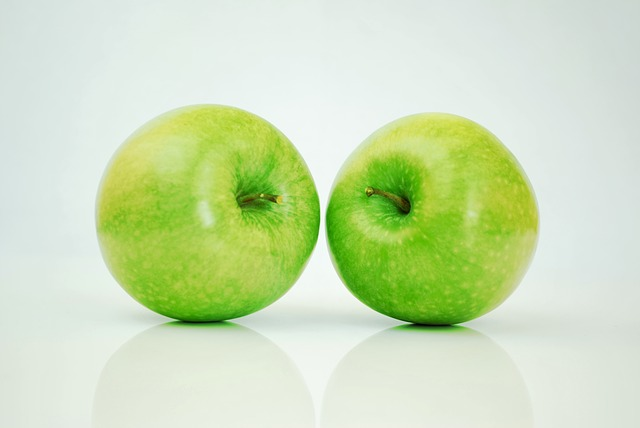УФ-свет убивает пищевые патогены на фруктов