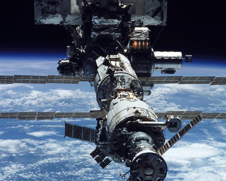 NASA планирует перестроить МКС в космический отель